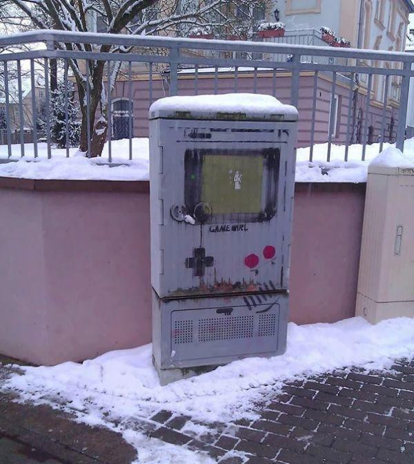 random-and-ridiculous-acts-of-vandalism-that-are-borderline-genius-7
