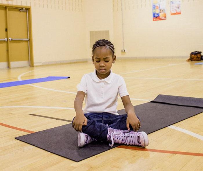 school-replaced-detention-with-meditation-robert-coleman-elementary-school-baltimore-3