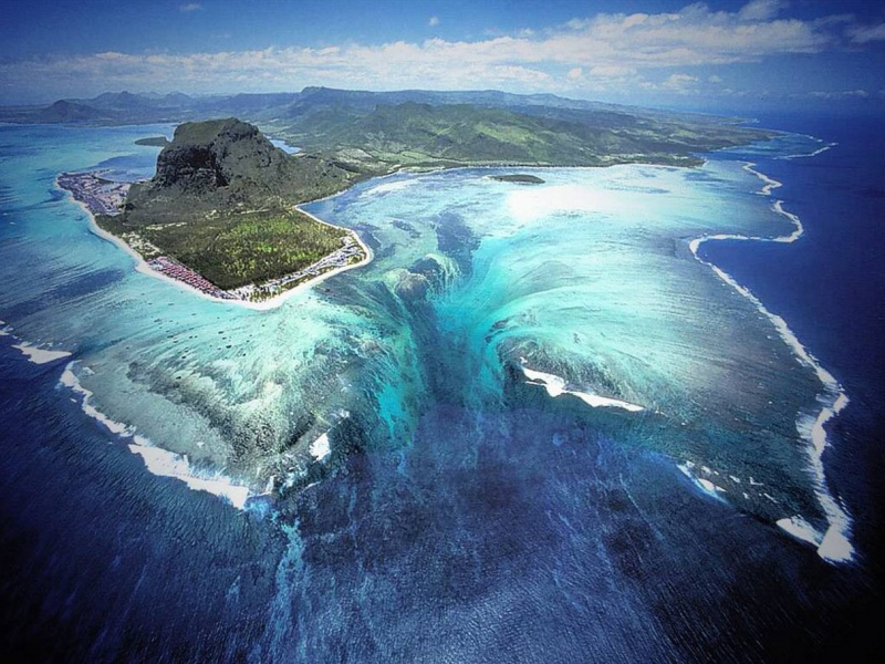 An underwater waterfall